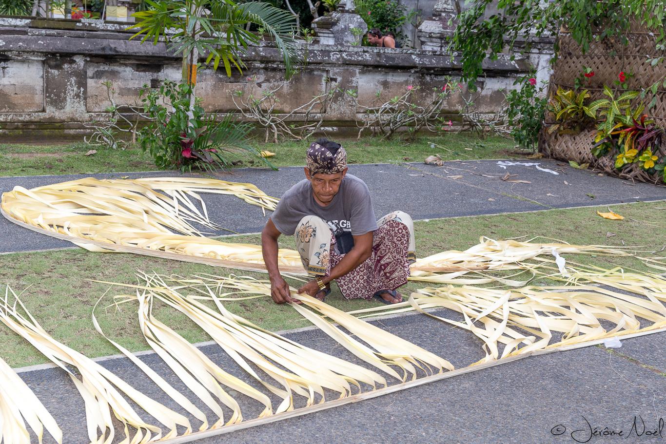 Goa Gajah - Préparation des offrandes