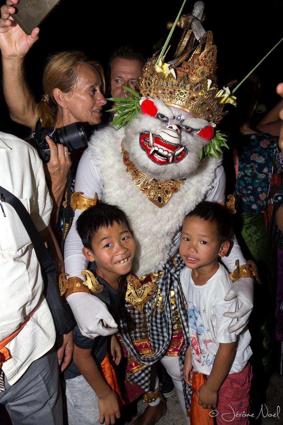 Hanuman et les enfants